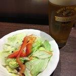 いきなり!ステーキ - サラダとおビール