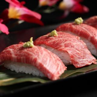 話題の肉寿司食べ放題が大人気!