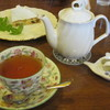 ワーズワース - 料理写真:マロウブルーオレンジ茶、ナッツのタルト
