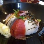 ほうせい丸 - 海鮮丼