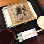 じろばた - 料理写真:ざるそば(650円)