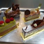 ショコラティエ パレ ド オール - ケーキ4種