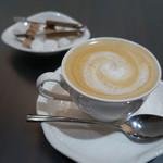 ショコラティエ パレ ド オール - カフェオレ