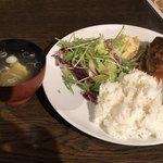 居酒屋のむず - 自家製煮込みハンバーグ定食 雨の日割引で@540円!
