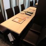 俺のフレンチ 博多 - テーブル席♪