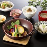 やさい家めい - 季節野菜のデミ味噌豆腐つくねハンバーグ