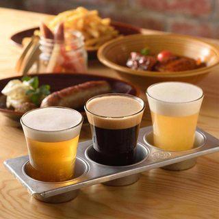 当店のオリジナルクラフトビールなど生ビール7種類☆