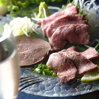お肉の美味しさを引き出す真空&低温調理
