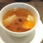 87908253 - 薬膳スープ