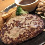 ココス - ハンバーグ&豚の黒胡椒焼き