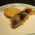 天ぷら新宿つな八 - 茄子と薩摩芋