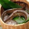 天ぷら新宿つな八 - 料理写真:この時期に美味しい『鱧』