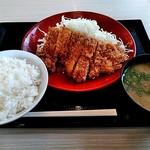 かつや - チキンカツ定食 590円(税抜)
