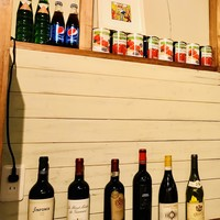 裏路地バル DL55-ワインやトマト缶がいっぱい✨