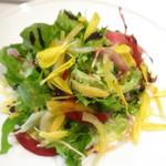 87912986 - 季節の野菜サラダ