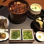 まるや本店 - 料理写真:ミニひつまぶし+茶碗蒸し