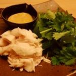 焼鳥 そっぷ - パクチーと蒸鶏590円