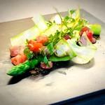 ポンドールイノ - 料理写真:グリーンアスパラガスのポッシェ