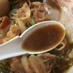 一条流がんこラーメン総本家 - タレ無しの濃厚お出汁スープ