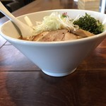麺酒場 まがり - エビらぁ麺