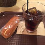 カフェミンク - アイスコーヒー+タマゴロール