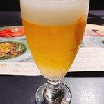 87930518 - おしゃれなビールグラス