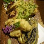 87935886 - 鱧と旬野菜の天麩羅
