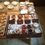 ナチュール サワダ - どれもしっかりとしたパン