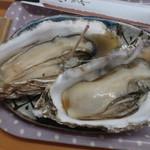 パードレ・マードレ - 焼がき1皿(2個)