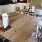 シーサイド - テーブル席の卓上