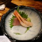 門 - もち豚の生姜焼定食1,000円に付く刺身小鉢
