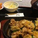 萬牛 - ・とり炒め定食