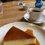カフェ アウル - お母様手作りの焼きプリン