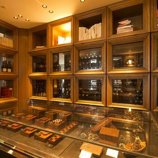 至福の一粒◆パティシエ・ショコラティエによるショコラコーナー