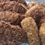 野本精肉店 - 料理写真:メンチカツが美味しいですね〜〜 これだけ買っても1080円