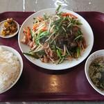 三栄飯店 - レバにら定食