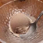 串揚げ 風の音 - チョコレートアイス 意外と美味しかった