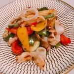 アレグロ コン ブリオ - ヤリイカと夏野菜のサラダ
