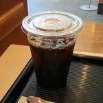 カフェ・ベローチェ - アイスコーヒー(サイズアップ)