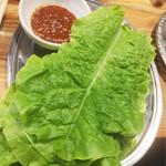 焼肉どんどん - チシャ菜