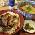 かごの屋 - 料理写真:ミニうな丼と選べる麺セット うどんも美味かった