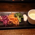 87992086 - 前菜とスープ