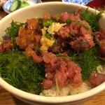 和可奈鮨 - 鯵のたたき丼 880円。