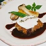 ブラッスリー・ヴァンダンジュ - 鹿児島黒豚ほほ肉のパネ ぶどうマスタードソース