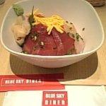 ブルー スカイ ダイナー - 海鮮丼(1300円)