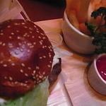 FOOD&BAR マーベリック - ハンバーガー