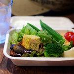 トムズキッチン - ランチセット(850円)のサラダ(食べ放題)