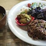 matatabi kitchen - 肉類は一切使用しないお店です。たまごもなし。