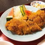 津ミートカシワギ - 日替り定食 野菜巻き