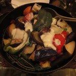 アンブレイス - いろいろ有機野菜と白糠酪恵舎のチーズのストゥブ
